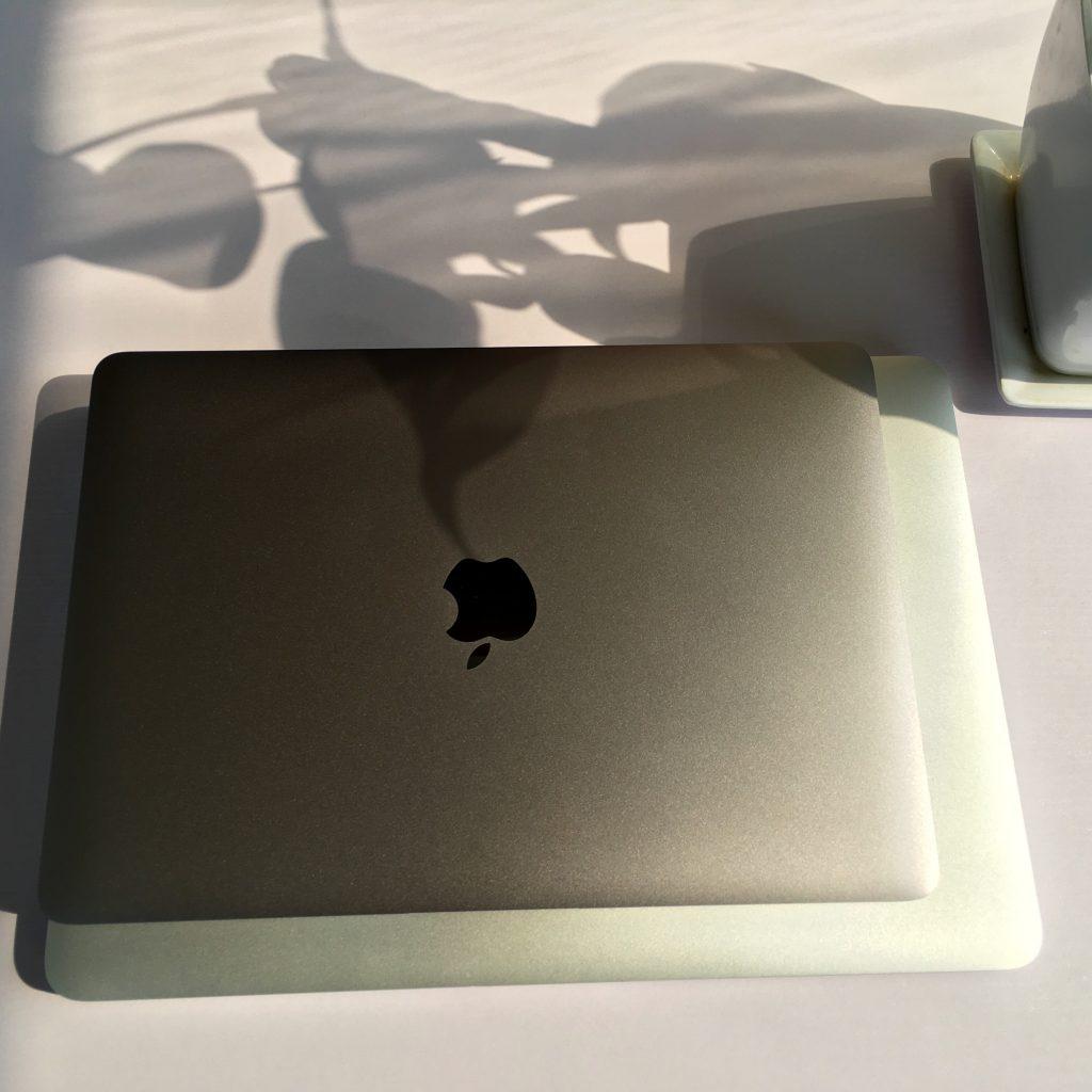 MacBook 12与MacBook Pro 13尺寸对比