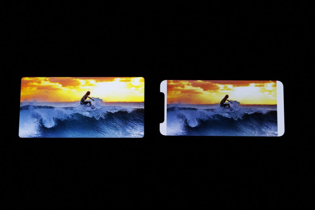 小米Mix 2s与iPhone X屏幕显示效果对比