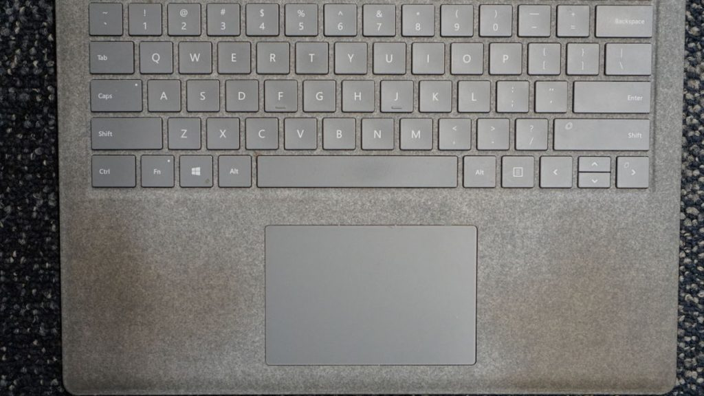 用了一年之后Surface Laptop
